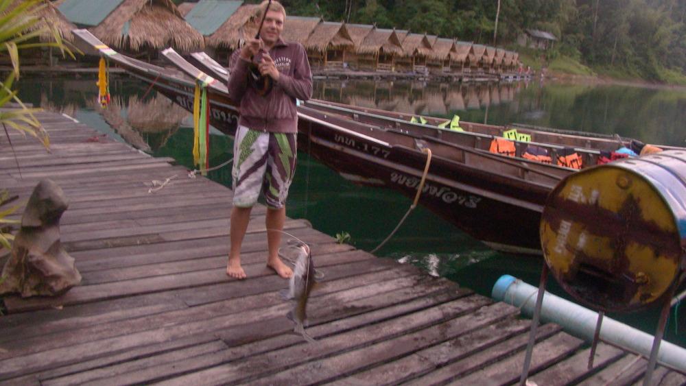 Пресноводная рыбалка на Пхукете. Лучший платник в Азии! Более 50ти видов рыбы собраны в одном озере для рыбалки.